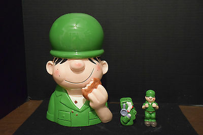 Man Cave Beetle Bailey SNACK/Cookie Jar + Salt & Pepper Shakers Enesco 1999 NIB