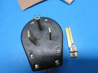 Eagle Universal Angle Grounding Cap-3 Wire, 35,  50A - 125V