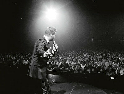 Michael Buble UNSIGNED photo - D1204 - Canadian singer, songwriter and actor