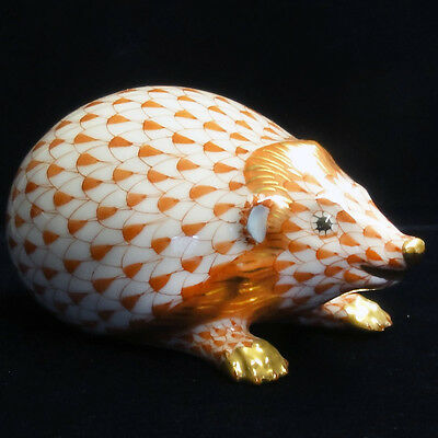 """HEDGEHOG Yellow Fishnet HEREND made in Hungary 3.7""""long NEW NEVER SOLD Porcelain"""