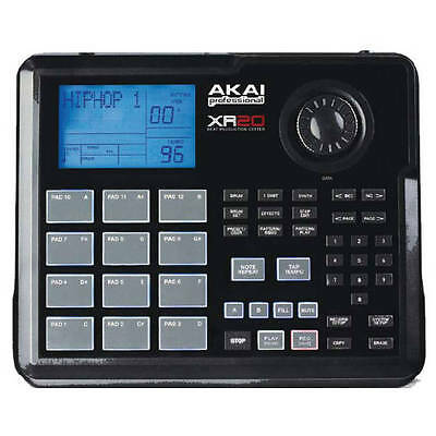 AKAI XR20 Portable Drum Machine Sampler