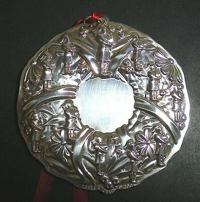 Towle Eleven Pippers Piping Wreath Sterling Silver Christmas Ornament