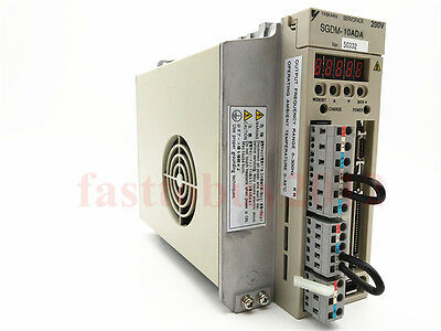 Original New SGDM-10ADA Yaskawa AC Servo Drive 1KW 7.6A 2PH 200V 1 Year Warranty