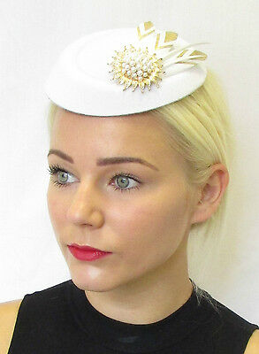 White Gold Feather Pearl Pillbox Hat Fascinator Headpiece Hair Races  Vintage 453 ae53b631764