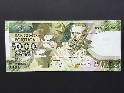 Portugal 5000 Escudos P184b Dated 19th Ocyober 1989 Uncirculated UNC