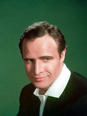 Marlon Brando UNSIGNED photo - E174 - HANDSOME!!!!