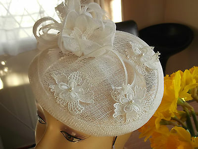fascinators hat wedding Ascot races feather bridel bride white accessories lace-
