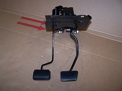 1970 Mustang 4 speed clutch and non-power brake pedals restored bearings 70