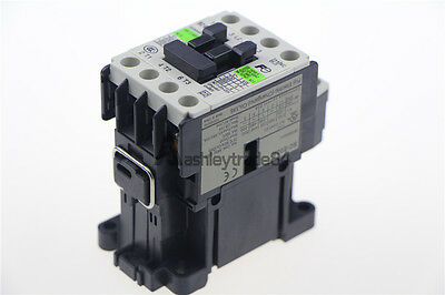 NEW IN BOX FUJI DC Contactor SC-E02A 110V