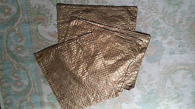 JOB LOT  30 PACKS OF 4  GOLD COLOUR SEQUIN sequined TOTAL OF 120 PLACE MATS