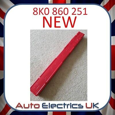 New Audi A3 A4 Emergency Hazard Warning Triangle 8K0860251 8K0 860 251 Free Post