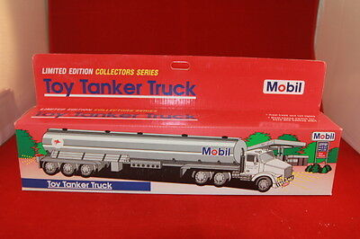 Mobil 1993 Limited Edition Collector Series Toy Tanker Truck Nib