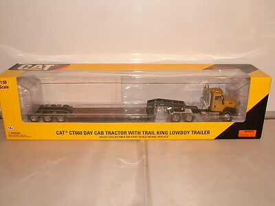 Norscot No 55503 Cat CT 660 day cab Tractor unit and trail King lowboy New