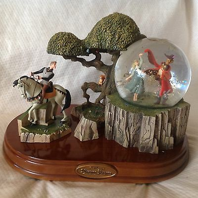 RARE Disney Sleeping Beauty & Prince Phillip Musical Spin Figurine SnowGlobe-MIB