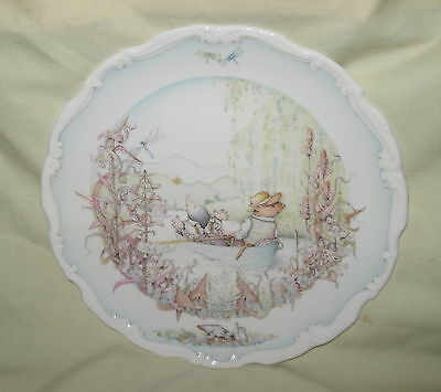 MINT Royal Doulton Wind in the Willows China Plate -  Ratty and Mole Go Boating