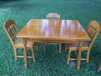 Vintage Maple Extension Table w/ 4 Chairs Louisville Chair & Furniture Co.