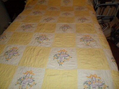 sweet ANTIQUE EMBROIDERED FLOWER BASKET YELLOW PATCHWORK QUILT