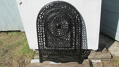 Antique Victorian Ornate Cast Iron Fire Place Insert Grate
