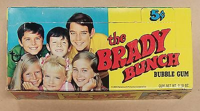 1969 Topps Brady Bunch 5 Cent Wax Pack Gum Card Display Box Excellent Shape!