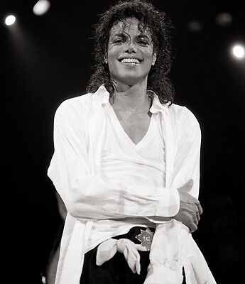 Michael Jackson UNSIGNED photo - E1009 - The King of Pop