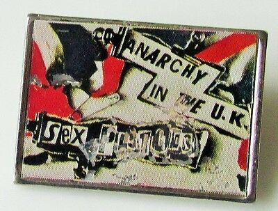 SEX PISTOLS VINTAGE METAL PIN BADGE FROM THE 1980's ANARCHY IN THE UK PUNK