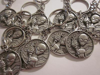 Roswell Coin Key Chain Pewter 1947 Ufo Alien Area 51 Souvenir Collectible