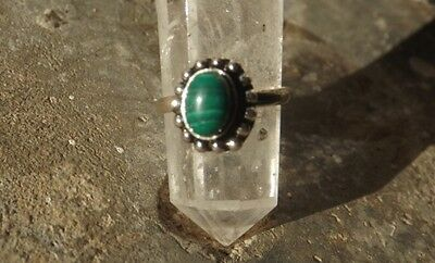 Ethnic Indian silver plated toe ring with malachite cabochon~adjustable