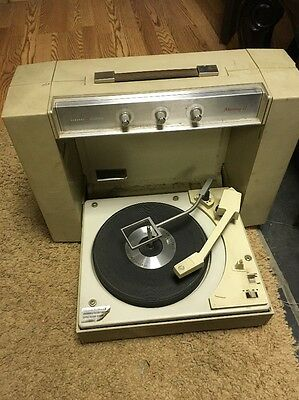 GE mustang-ll record player