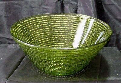 """Patterned Serving Bowl Green Glass 8.5"""" Rose or Flower Textured Embossed Nice!"""