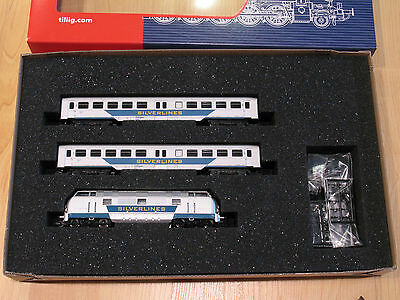 Tillig TT Scale (1:120) Sliverlines Set BR221 Diesel Loco + Two E5 Cars - NIB