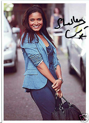 Shelley Conn British Actress Lottery Heartbeat Hand signed Photograph  7 x 5