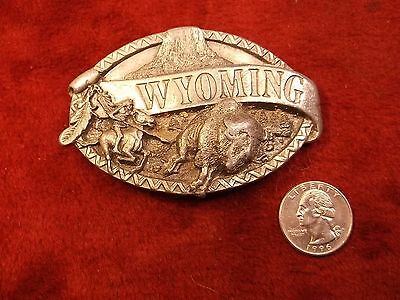"Beautiful Old Vtg 1984 Mens Belt Buckle ""wyoming"" (Indian On Horse, Buffalo) Vgc"