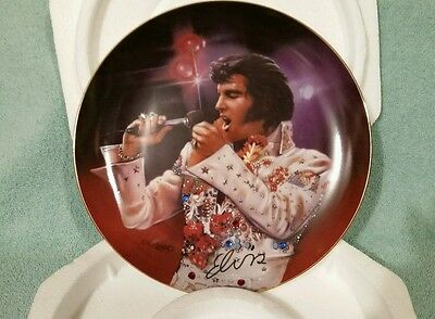 elvis presley collectible plate. Includes all paper work and certificates.