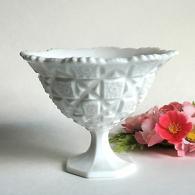 Vintage Westmoreland White Milk Glass Old Quilt Pattern Footed Bowl Compote