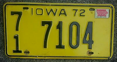 IOWA USA number licence license plate #7104 1972