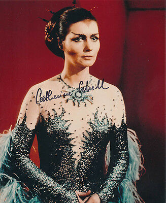 Catherine Schell SIGNED photo - J117 - Space: 1999