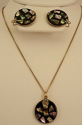 Hillcraft Castle Hill Vintage Black Confetti Lucite Necklace & Earrings  EB-244A
