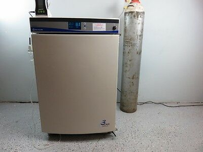 Fisher Scientific IsoTemp CO2 and O2 Incubator w Warranty Video in Description