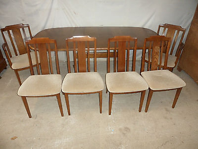 A Top Quality Elm 1 Leaf Extending Table & 6 G Plan Chairs