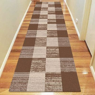 NEW Saray Rugs Checker Wash Modern Runner Rug in Beige, Black, Blue