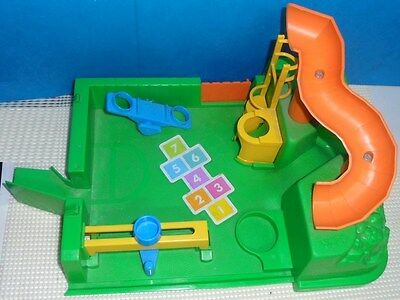 Vintage FISHER PRICE LITTLE PEOPLE 2550 SCHOOL PLAYGROUND .... base