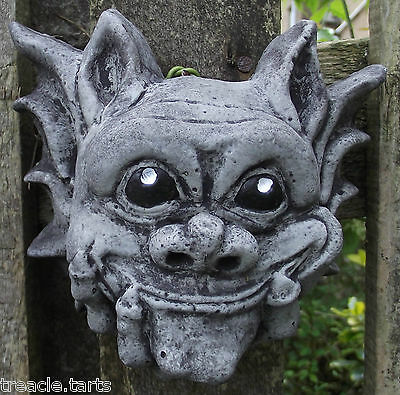 Small Smiling Gargoyle Wall Plaque-Hand Cast Stone Garden Ornament-15x7x13 cms
