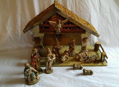 Vintage 12 Piece Resin Nativity Set w/ Wood Manger Scene From Italy