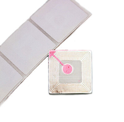 14 000 - Checkpoint Compatible Label RF Tags EAS 8.2MHz Plain White