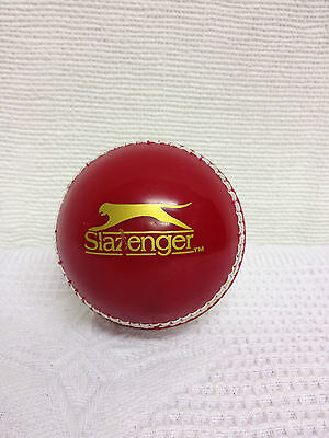 New Slazenger Junior Training Cricket Ball Sport Swing Seam Spin Red White A551