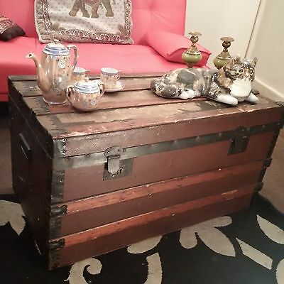 Vintage Large Steamer Trunk ~ Travel Chest ~ Coffee Table ~ Storage