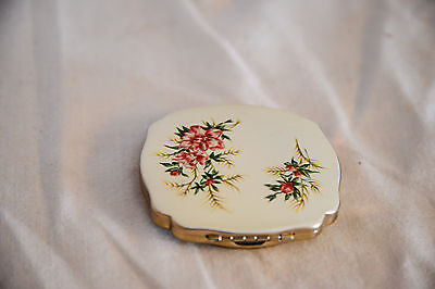 Vintage MELISSA Powder Compact with Floral Pattern