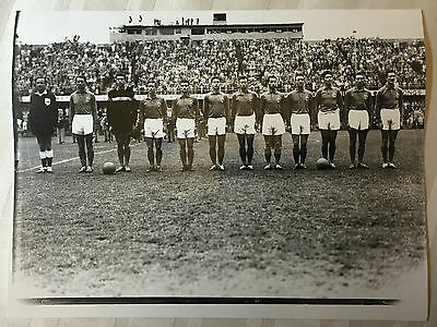 photo press football   World Cup 1958  Equipe de France 24/6/58         239