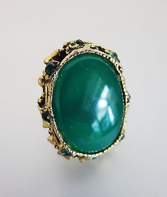 Pretty Vintage Baroque Style Green Glass & Rhinestone Statement Ring