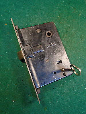 VINTAGE READING  ENTRY MORTISE LOCK w/KEY - PUSH BUTTONS -  WORKS GREAT (6521)